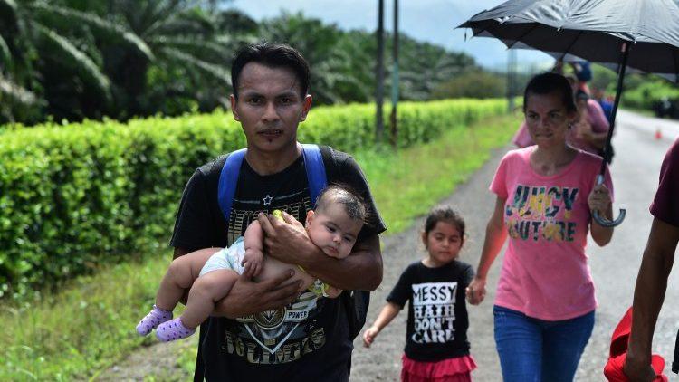 Obispos de Guatemala piden hospitalidad y respeto a migrantes